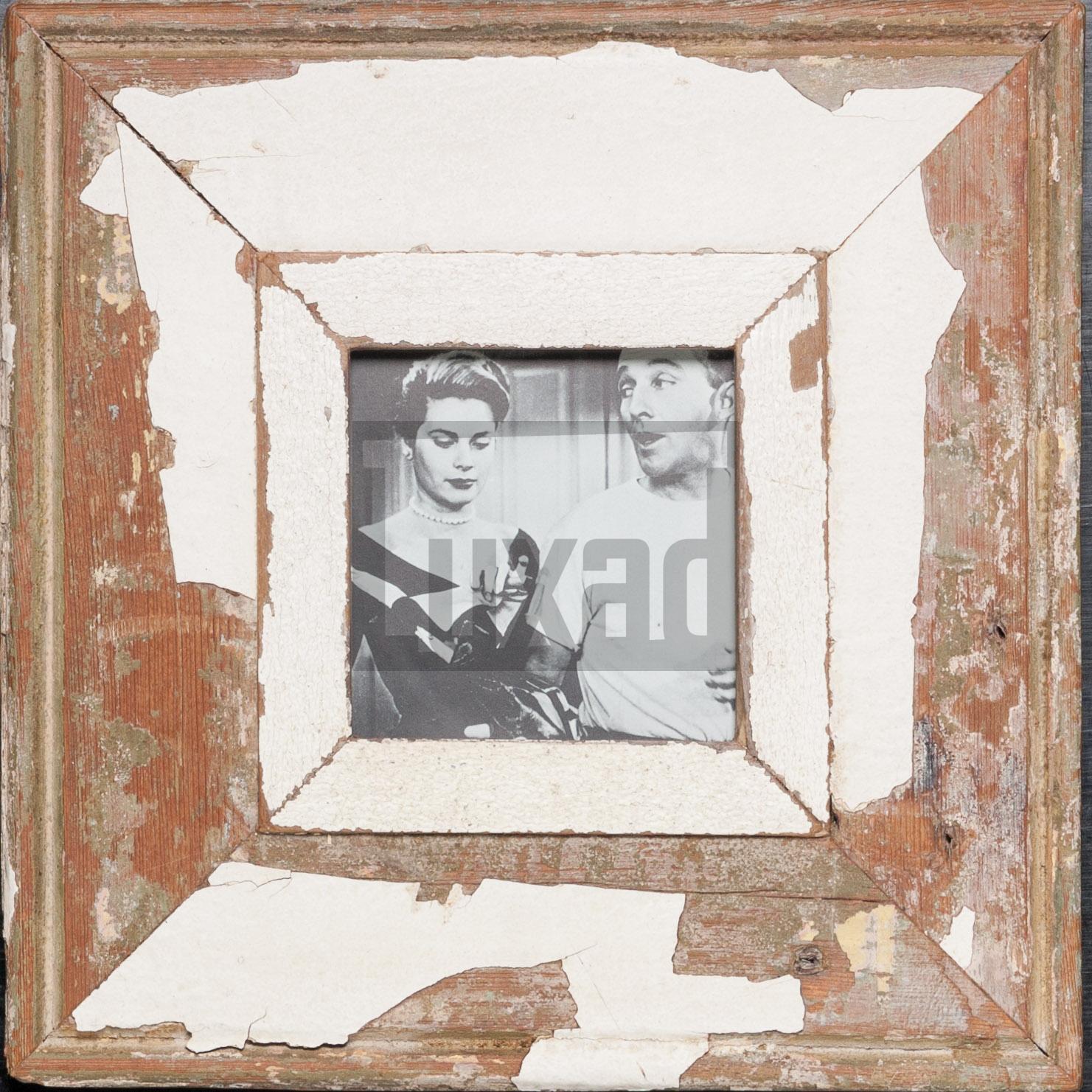 Quadratischer Altholz-Bilderrahmen von Luna Designs