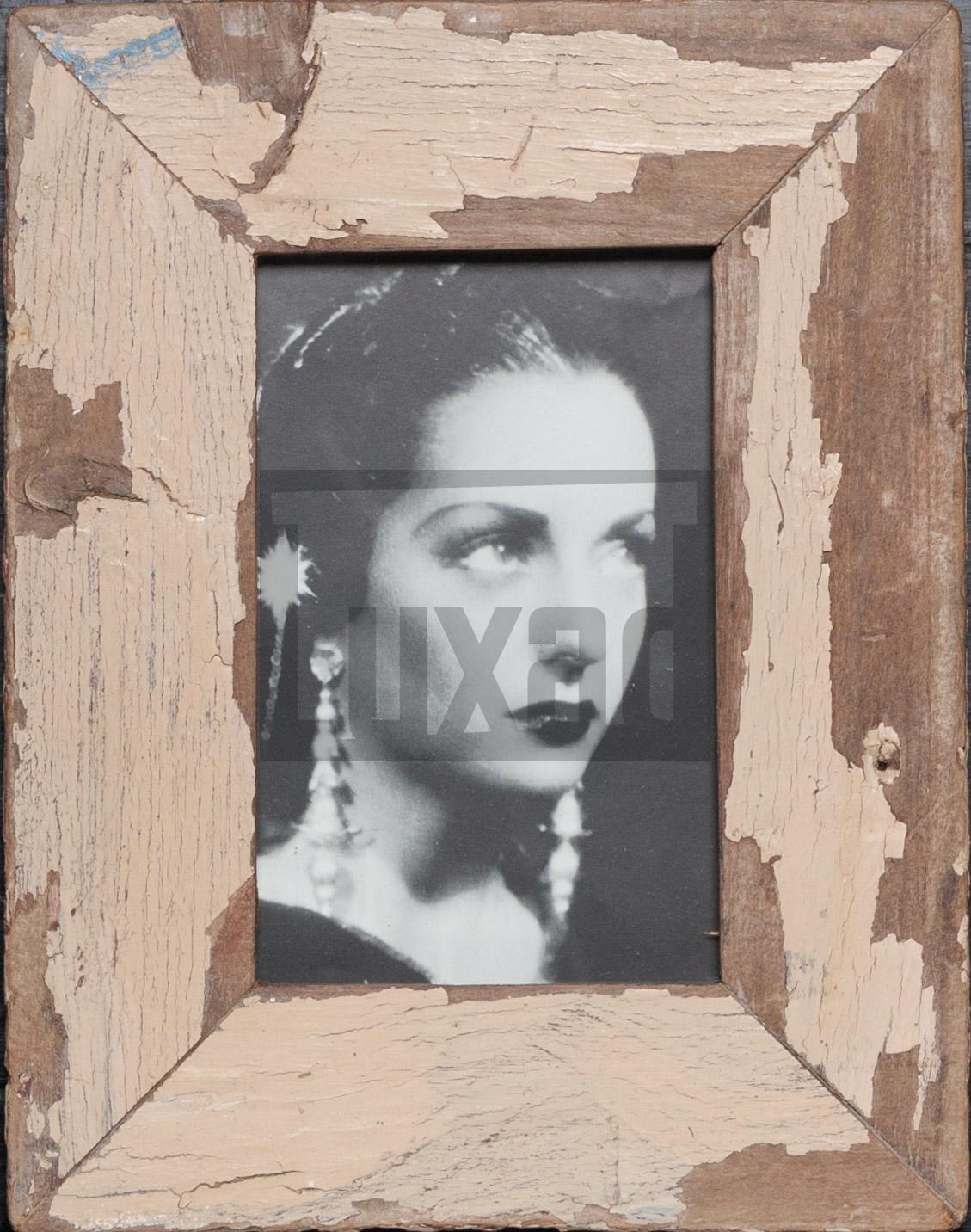 Bilderrahmen aus recyceltem Holz für die Bildgröße 10 x 15 cm