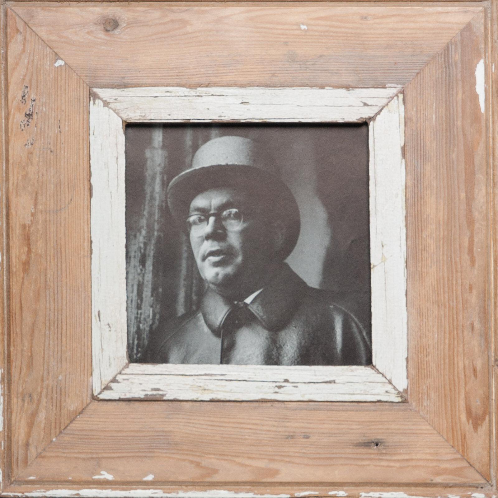 Quadratischer Bilderrahmen aus alten Holzleisten aus Kapstadt