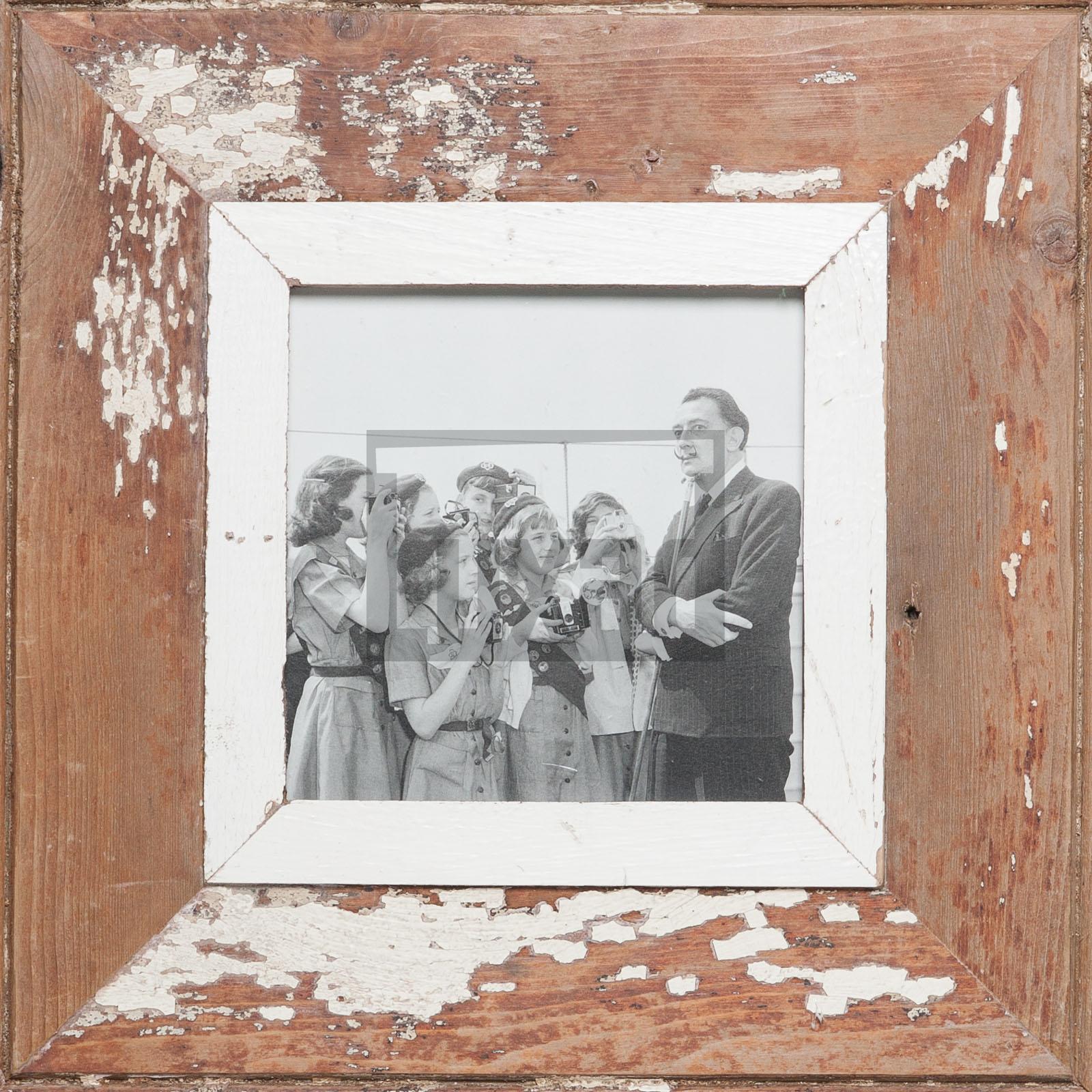 Quadratischer Bilderrahmen aus alten Holzleisten von Luna Designs