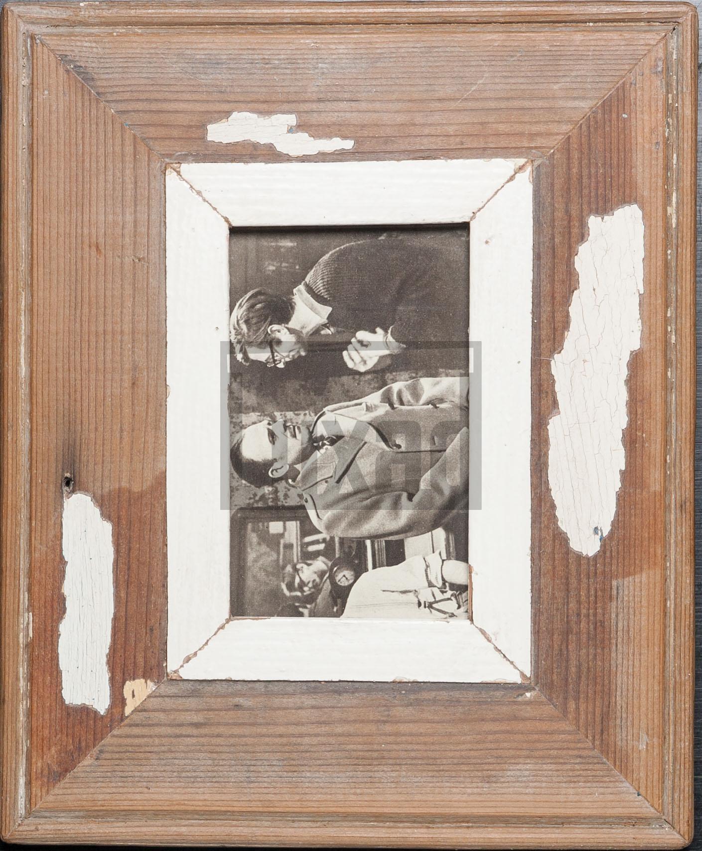 Wechselrahmen aus Altholz für Postkarten