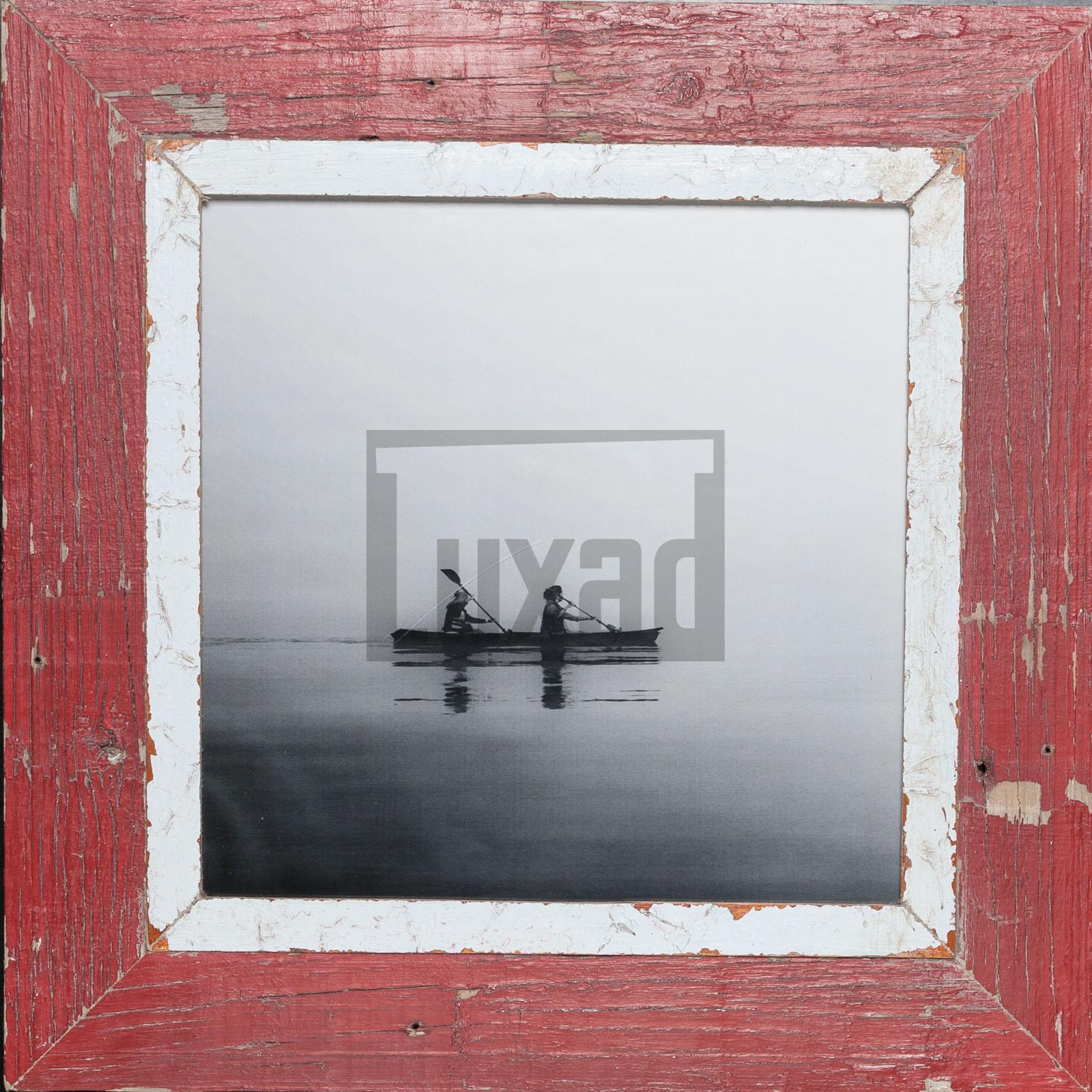 Roter, quadratischer Bilderrahmen aus recyceltem Holz aus Südafrika