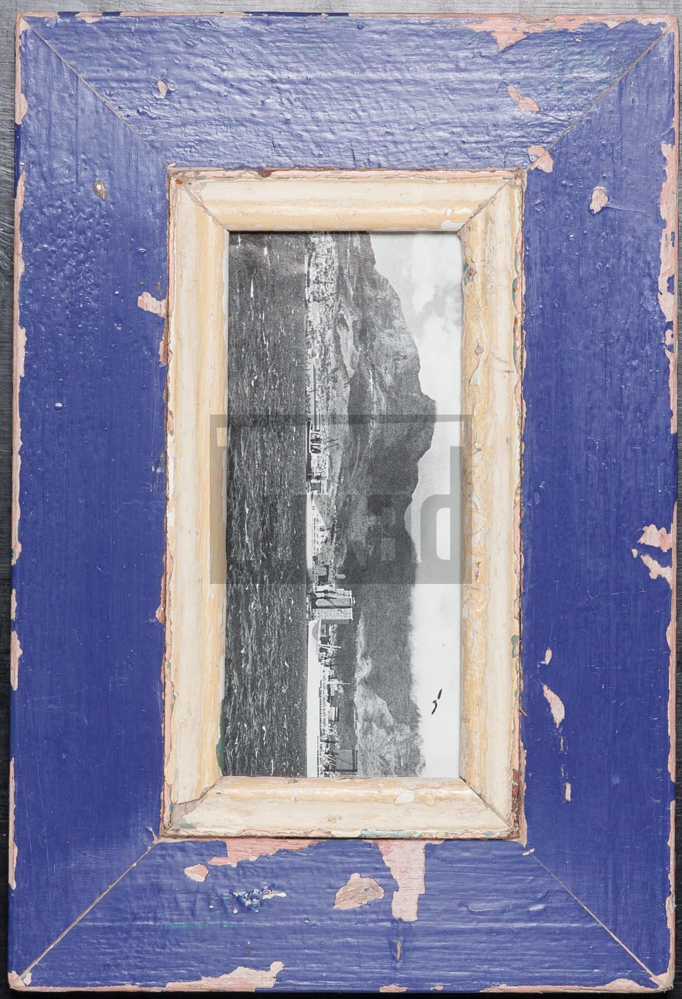 Blauer Altholz-Panorama-Bilderrahmen von Luna Designs