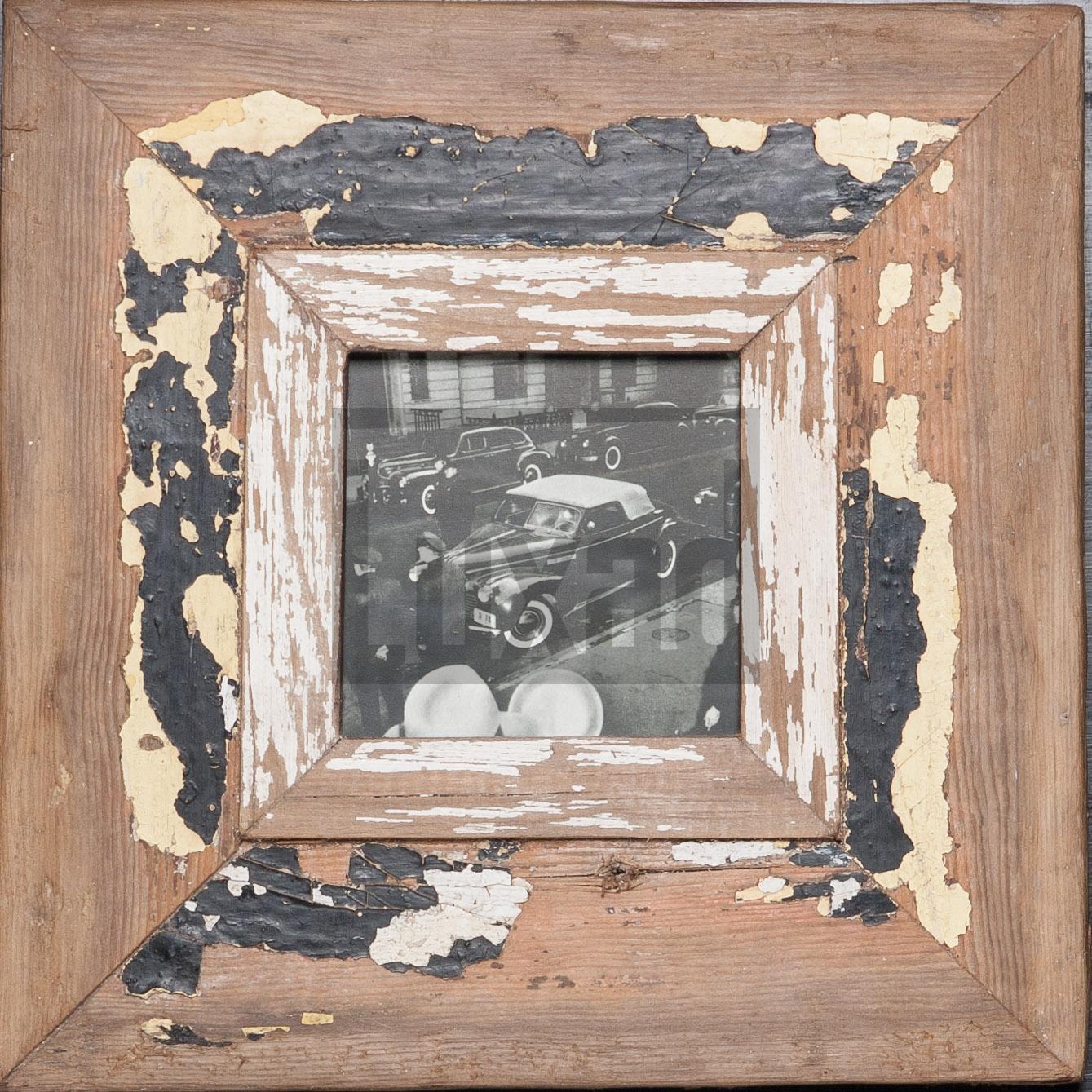 Quadratischer Wechselrahmen aus Recyclingholz für dein Lieblingsfoto