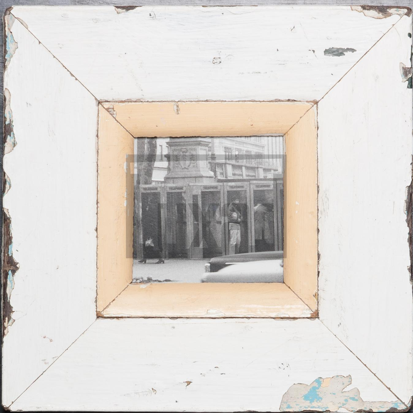 Quadratischer Altholz-Bilderrahmen