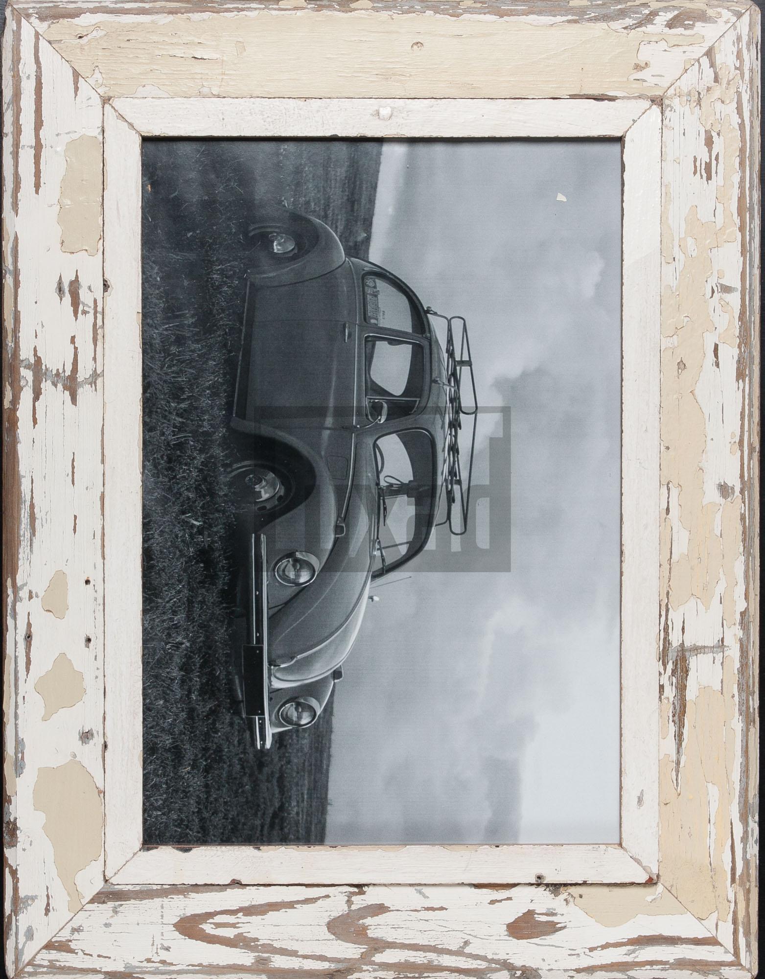 Vintage-Bilderrahmen aus altem Holz von der Luna Design Company