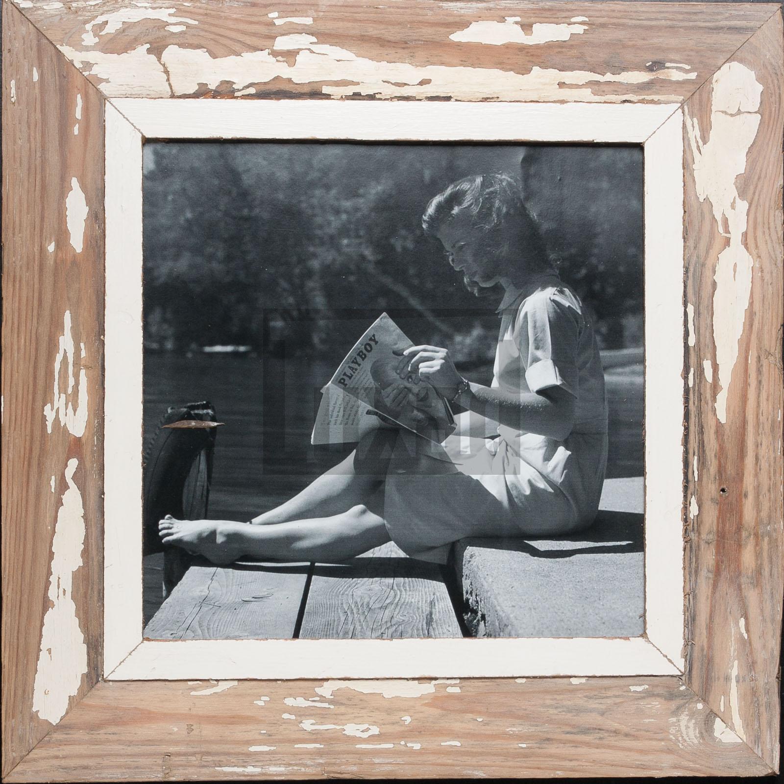 Quadratischer Bilderrahmen aus recyceltem Holz für quadratische 29,7 x 29,7 cm
