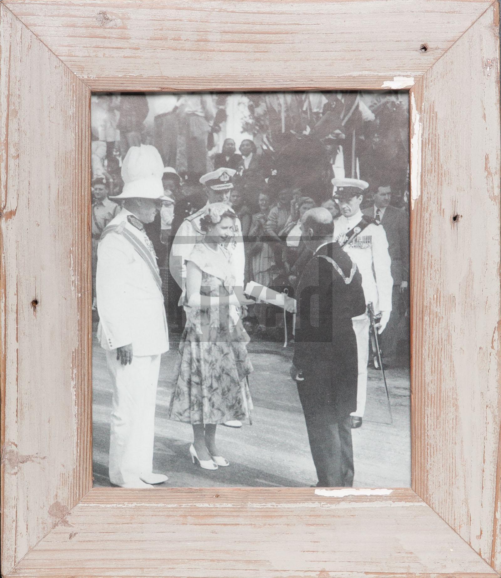 Vintage-Fotorahmen aus recyceltem Holz