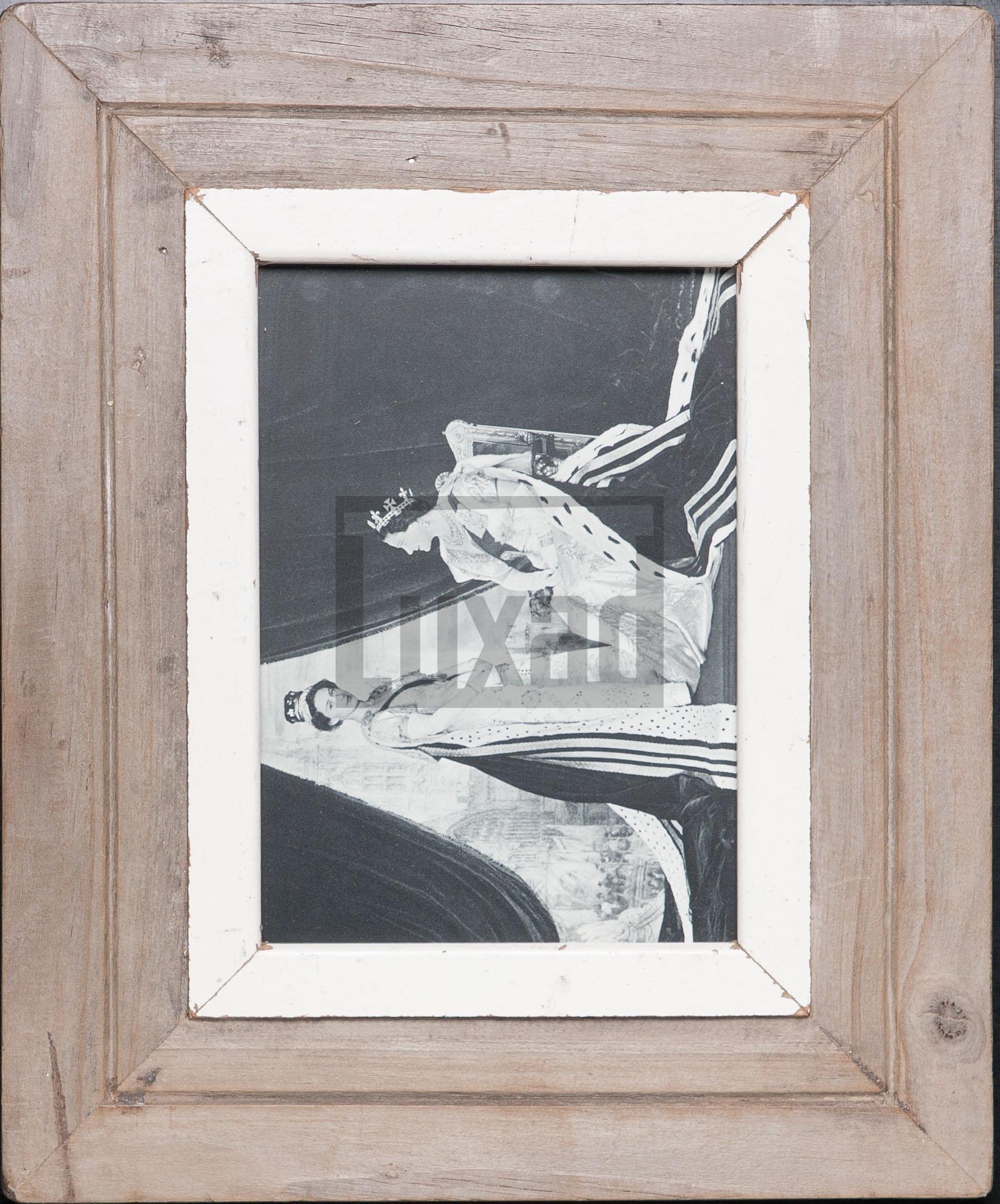 Bilderrahmen aus Recyclingholz für ca. 14,8 x 21 cm