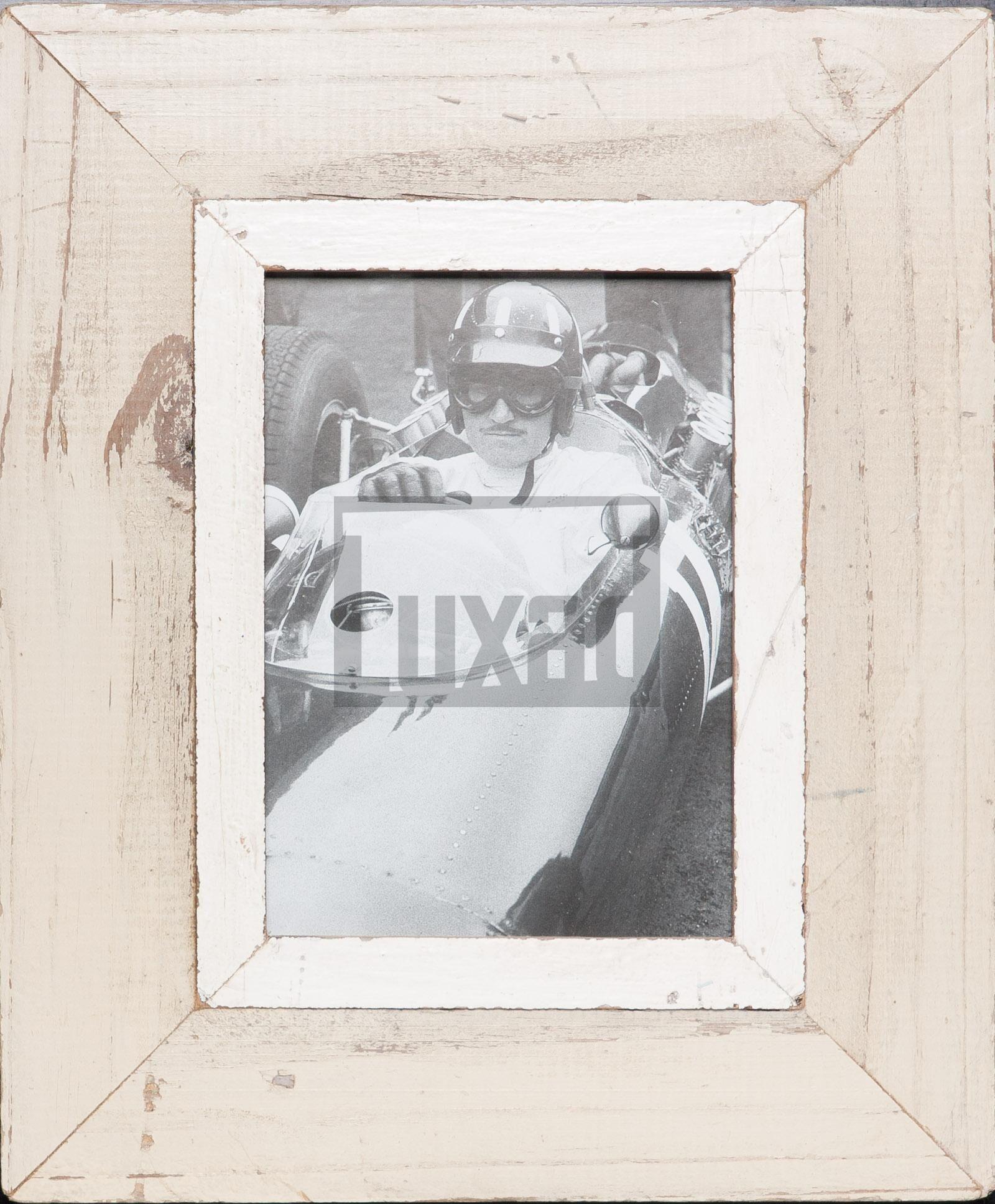 Bilderrahmen aus Recyclingholz für Fotos DIN A5