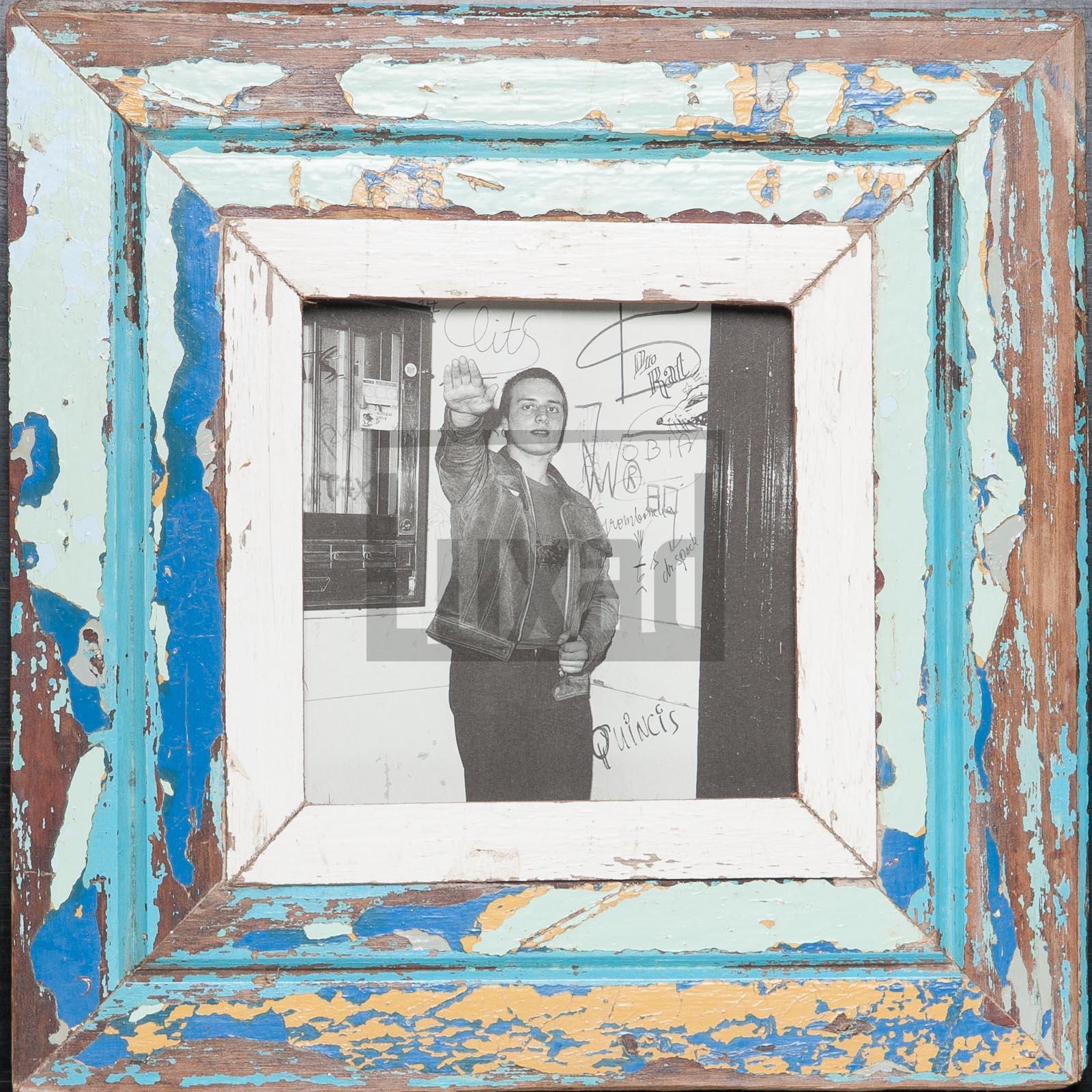 Quadratischer Altholz-Bilderrahmen von der Luna Design Company