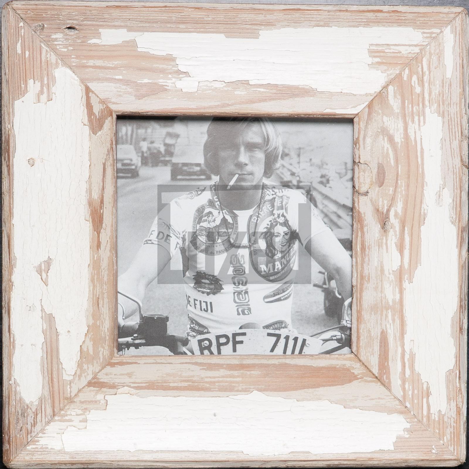 Quadratischer Vintage-Bilderrahmen für quadratische Fotos