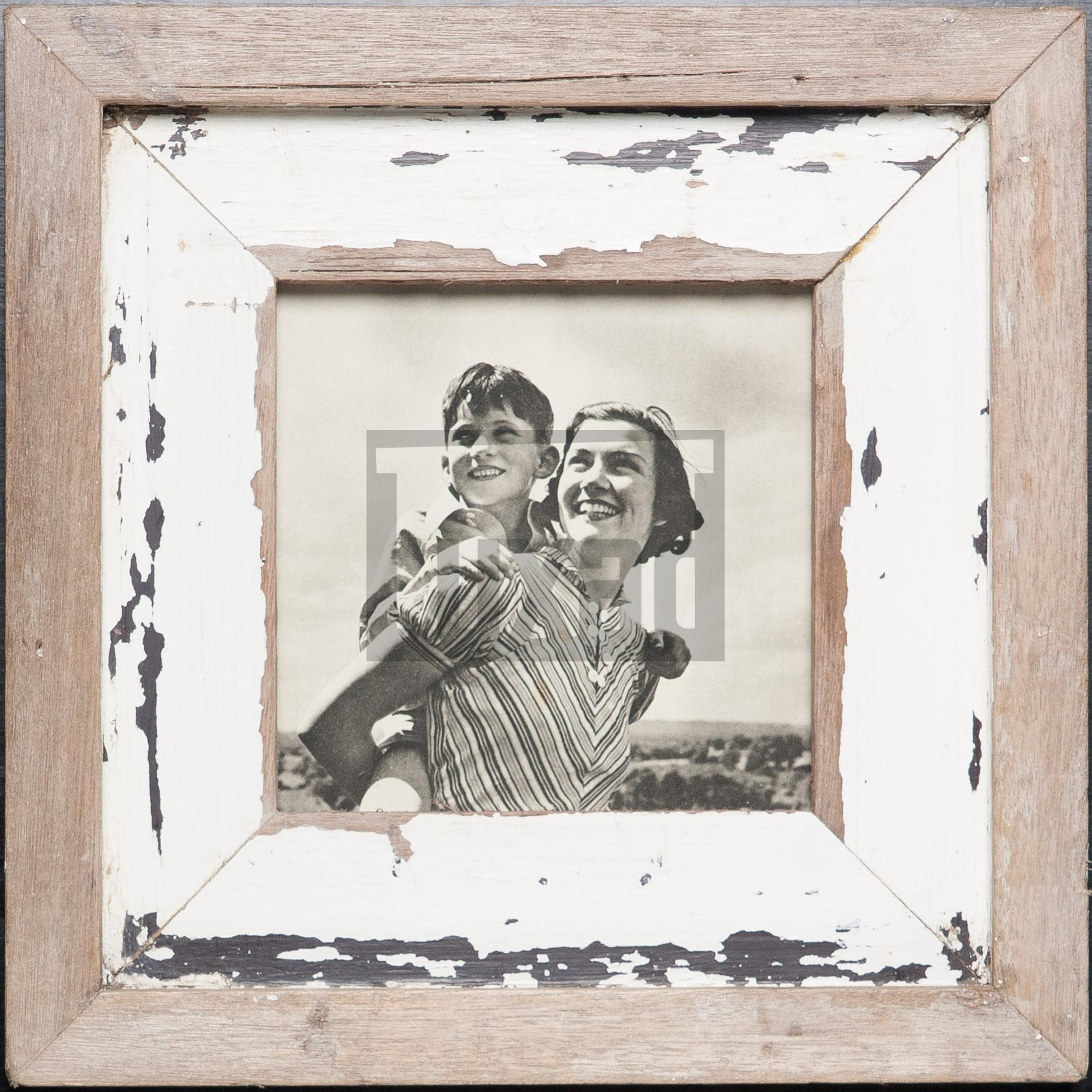 Quadratischer Vintage-Fotorahmen aus recyceltem Holz für dein Lieblingsfoto